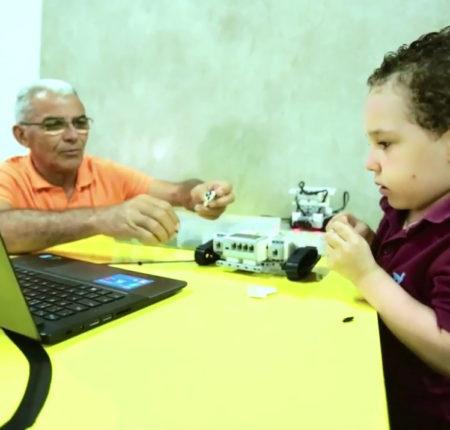 ROBOEDUC – Pequenos Gênios, grandes reflexões!
